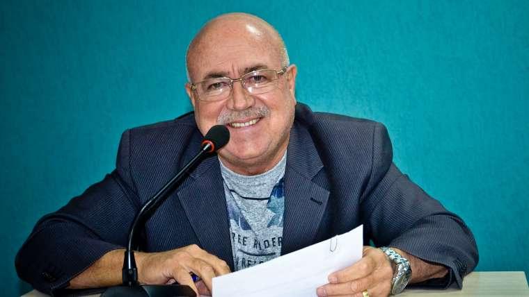 Vereador Geraldinho reivindica implantação de semáforo na entrada do conjunto Joaz Souza
