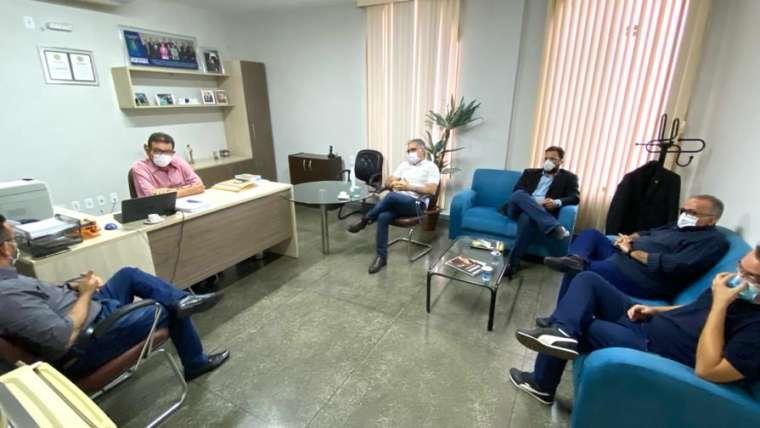 Nova reunião debate funcionamento dos laboratórios em rodízio 24 horas