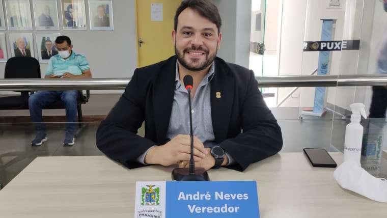 André Neves requer restauração do asfalto da Avenida Senador Furtado